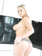 Busty housewife Abbey Brooks shown perfect body on kitchen