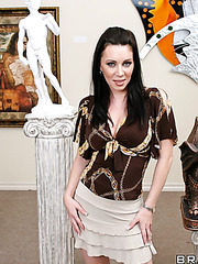Nice milf RayVeness showing trimmed pussy and fingering it for fun