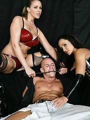 Julia Ann, Lisa Ann and Sophia Lomeli taking part in a hot hardcore action