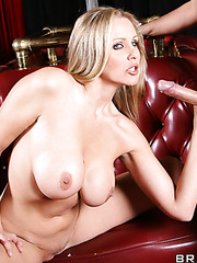 Demonic milf Julia Ann taking off skirt and making a real deepthroat