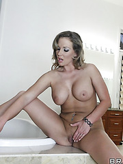 Jolly porn actress Nikki Sexx enjoying her friend's big cock in bathroom