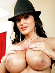 Delicate milf Lisa Ann showing juicy melons and trimmed tight vagina