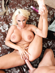 Flexible minx Holly Halston making a blowjob and getting a hot anal drill