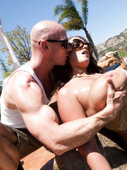 Buxom milf Eva Notty has super sweet weekend near the swimming pool