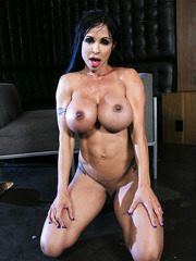 Dangerously seductive brunette milf Jewels Jade and three cocks at the same time