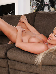 Stunning and flawless blonde kittie Diana Doll surprises with amazing striptease