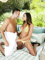 Babe with beautiful tits and delicious ass Ariella Ferrera fucked outdoors