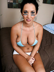Busty milf cheerleader Jayden Jaymes after hot football match