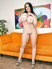 Fatty and pale skinned lady Daphne Rosen demonstrates her huge ass and boobs