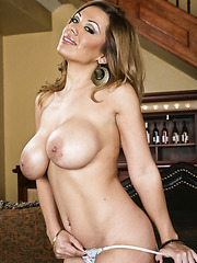 Hot milf Sienna West invited us at her house to show her giant tits and sweet pussy