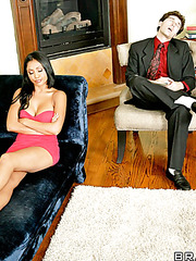 The hottest office lady Priya Anjali Rai seduces her new boss without any problem
