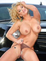 Shyla Stylez gets naked near her car and poses in the bathroom