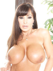 Gorgeous porn star Lisa Ann and her beautiful big and naked secrets