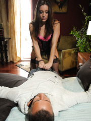 Sexy babe Gracie Glam is ready for a hardcore fuck with a crazy fucker