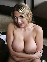 Babe with amazing succulent boobs Alanah Rae was just doing her job