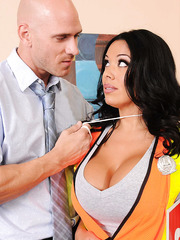 Black haired curvy milf Sienna West doesn't lets him to pass by her huge breast