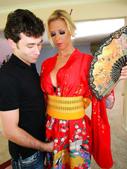 Incredibly voluptuous blonde geisha Brooke Banner with lucky man in the bathroom