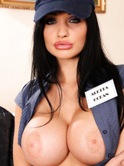 Perfect bombshell with flawless big boobs and sexy face Aletta Ocean poses naked