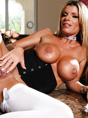 Blonde milf Kristal Summers is an amazing bitch and a sexy maid