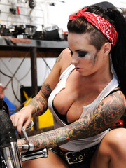 Hardcore and passionate fuck with a busty brunette whore Christy Mack