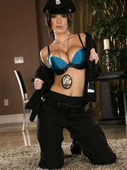 Jayden Jaymes undresses her sexy clothes and masturbates for you