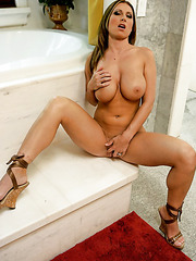 Sexy warden Devon Lee undresses her clothes and masturbates in the bathroom