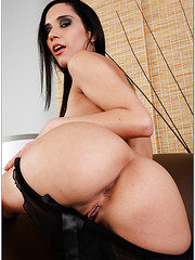 Classy chick Tia Cyrus banging with a cute fellow and swallowing warm load