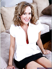 Spicy milf Brandi Love prefers getting nailed on the sofa and reaching orgasm