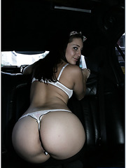 Superior hooker Gracie Glam fucking with a stranger right in his car
