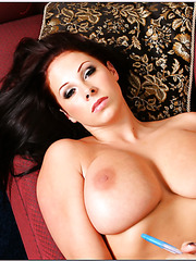 Glamorous milf Gianna Michaels spreading big butt and fucking really hard