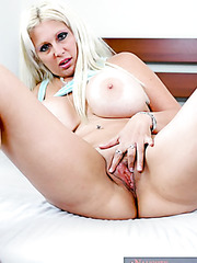 Big tits porn star Kayla Kupcakes is spreading her fantastic legs wide open