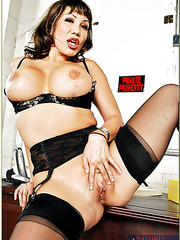 Lingerie porn model Ava Devine is revealing her sex skills in a hardcore sex