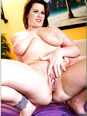 Blowjob done by fatty milf Lisa Sparxxx on a violet sheet