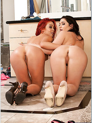 Milf lesbians Melina Mason and Mia Lelani having fun in the bathroom