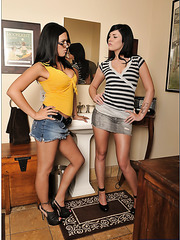 Great milf pornstars Andy San Dimas and Ava Angelina showing their asses