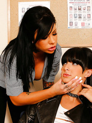 Tattooed brunette lesbians Mason Moore and Presley Maddox on the office table