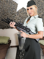 Blonde milf Ashley Steel takes off her official military uniform to show real weapons