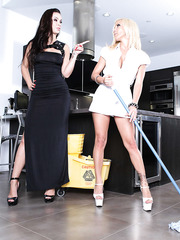 Luxury blonde Britney Foster and glamorous brunette Sophia Santi have sweet time