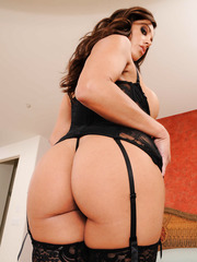Perfect brunette babe in extremely sexy lingerie and hot stockings - Francesca Le