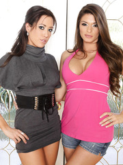 Top-class milfs Capri Cavanni and Madelyn Marie and their favorite metallic toy