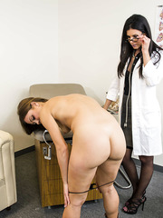 Hot MILFs Alyssa Reece and India Summer are playing doctor and patient