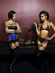 Sexy Milfs Bonnie Rotten and Skin Diamond are having some good time
