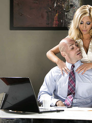 Unforgettable blonde MILF Tasha Reign getting her pussy pleased and fucked