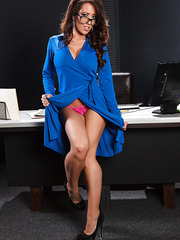 Stunning milf Capri Cavanni takes off her blue dress and shows gorgeous shape