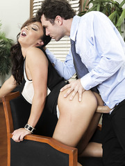 Anal sex with a slender hardcore milf from Mia Lelani that is fucking like a pro