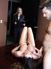 Hardcore star in jacket Ariella Ferrera shows her sweet blowjob skills