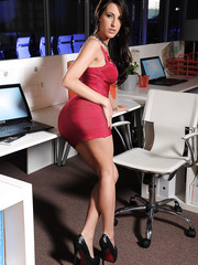 Alluring babe Kortney Kane takes off her red dress and shows some bit tits