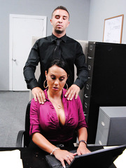 MILF Mariah Milano is sucking big dick of her hardcore boss in the office