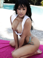 Chubby minx Abella Anderson showing delicious tits outdoors and rubs her ass