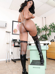 Exquisite ebony Nyomi Banxx showing big ass and spreading pussy on camera